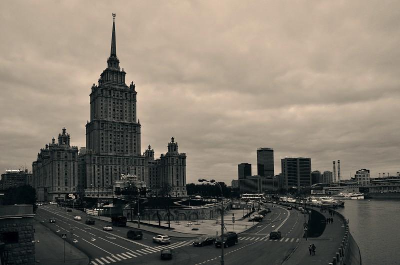 """гостиница """"Украина"""", сталинские высотки, москва, москва река, Гостиничной здание в Драгомилове"""