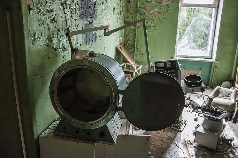 Стоматологический кабинет, Заброшенный санаторий им. В. П. Чкалова
