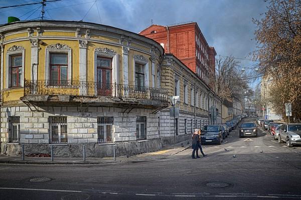 городская усадьба  Венедиктовых - Шнаубертов - Б.Ш.Моносзона.