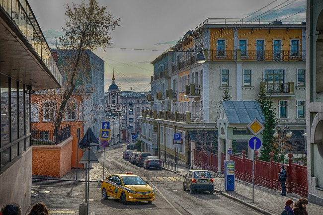 Москва, Подкопаевский переулок.