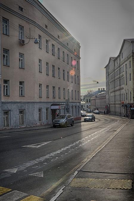 Хитровка. Вид на Певческий переулок