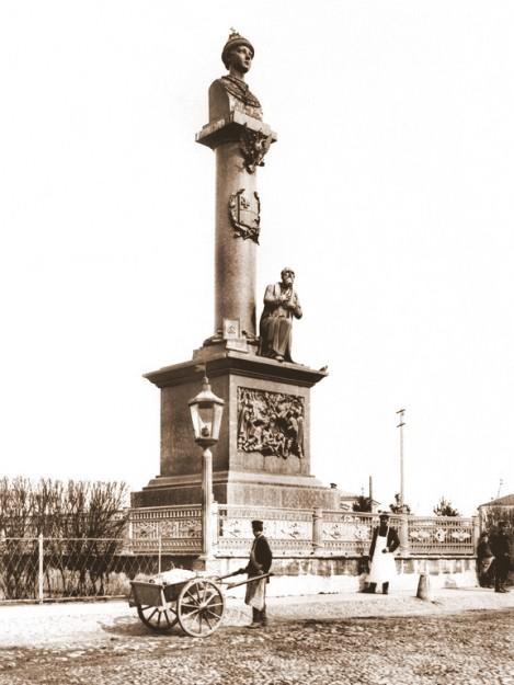 Памятник Ивану Сусанину 1851 год. (Скульптор В.И.Демут-Малиновский)