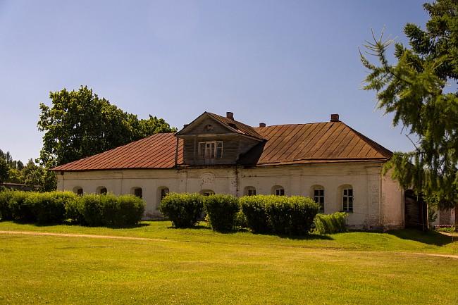 Борисоглебский монастырь. Архимандричьи кельи.