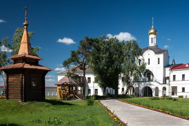 Троице-Сергиев Варницкий монастырь. Сергиев колодец.