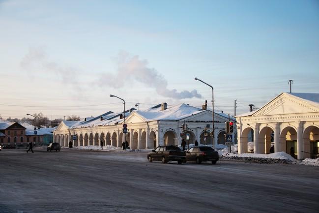 Торговые ряды, построенные в 1825 году по проекту архитектора Фурсова