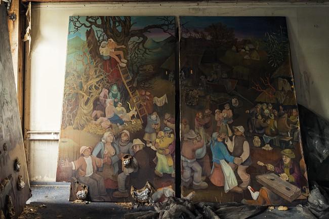 Второй этаж. Картина в стиле Иеронима Босха.