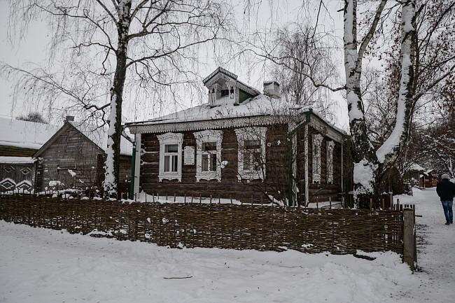 Село Константиново. Домик Есениных.
